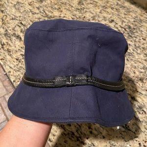 Coach bucket hat authentic